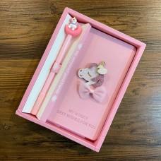 پكيج دفترچه خاطرات به همراه خودنويس اسب تک شاخ طرح 2